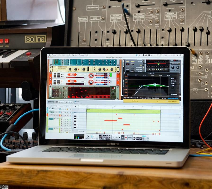How to Make Beats: Music Production Software 101