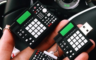 Drum Machine Flash Drive 8GB