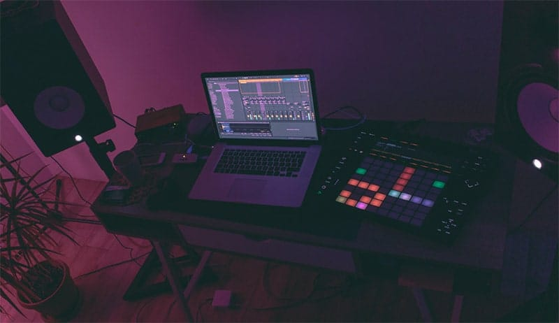 How to Make Electronic Music: Beginners Guide